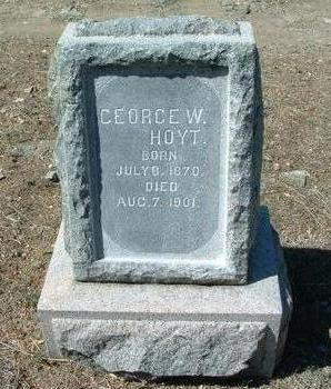 HOYT, GEORGE W. - Yavapai County, Arizona | GEORGE W. HOYT - Arizona Gravestone Photos