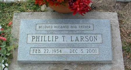 LARSON, PHILLIP T. - Yavapai County, Arizona | PHILLIP T. LARSON - Arizona Gravestone Photos