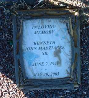 MADZIAREK, KENNETH JOHN - Yavapai County, Arizona   KENNETH JOHN MADZIAREK - Arizona Gravestone Photos