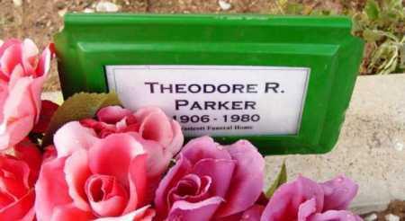 PARKER, THEODORE R. - Yavapai County, Arizona | THEODORE R. PARKER - Arizona Gravestone Photos
