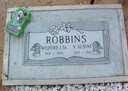 ROBBINS, V. AUDINE - Yavapai County, Arizona | V. AUDINE ROBBINS - Arizona Gravestone Photos