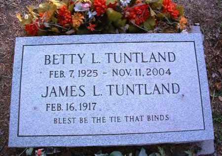 TUNTLAND, BETTY L. - Yavapai County, Arizona | BETTY L. TUNTLAND - Arizona Gravestone Photos