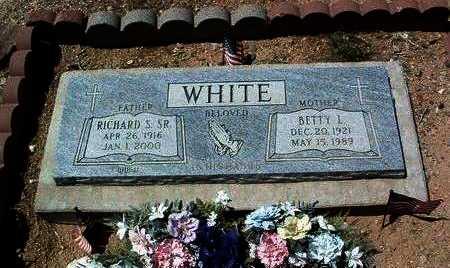 WHITE, RICHARD S. - Yavapai County, Arizona | RICHARD S. WHITE - Arizona Gravestone Photos