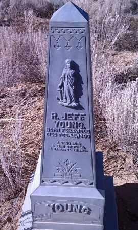 YOUNG, ROBERT JEFFERSON - Yavapai County, Arizona | ROBERT JEFFERSON YOUNG - Arizona Gravestone Photos