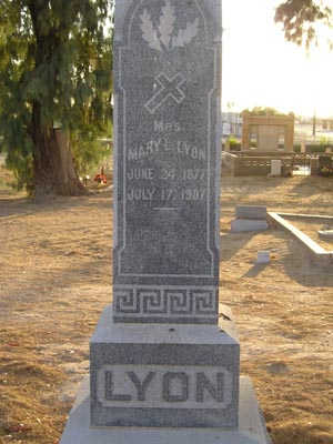 LYON, MARY L - Yuma County, Arizona | MARY L LYON - Arizona Gravestone Photos