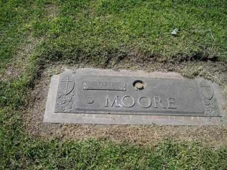 MOORE, HENRIETTA MARGARET - Yuma County, Arizona | HENRIETTA MARGARET MOORE - Arizona Gravestone Photos