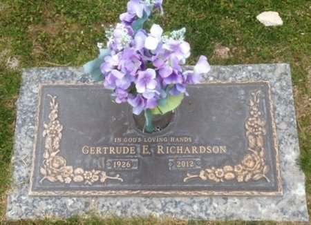 RICHARDSON, GERTRUDE E. - Pima County, Arizona | GERTRUDE E. RICHARDSON - Arizona Gravestone Photos