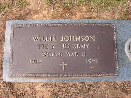 JOHNSON (VETERAN WWII), WILLIE - Columbia County, Arkansas | WILLIE JOHNSON (VETERAN WWII) - Arkansas Gravestone Photos
