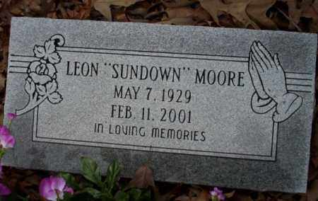 """MOORE, LEON """"SUNDOWN"""" - Columbia County, Arkansas   LEON """"SUNDOWN"""" MOORE - Arkansas Gravestone Photos"""