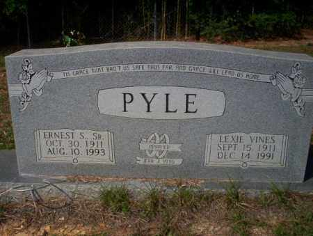 VINES PYLE, LEXIE - Columbia County, Arkansas | LEXIE VINES PYLE - Arkansas Gravestone Photos