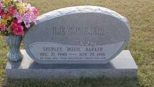"""BARKER LEODLER, SHIRLEY """"ROXIE"""" - Craighead County, Arkansas   SHIRLEY """"ROXIE"""" BARKER LEODLER - Arkansas Gravestone Photos"""