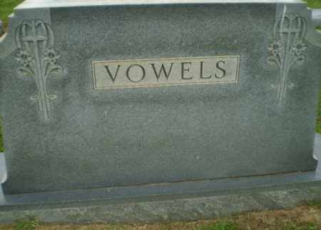 VOWELS FAMILY, MONUMENT - Craighead County, Arkansas | MONUMENT VOWELS FAMILY - Arkansas Gravestone Photos