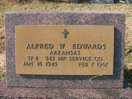 EDWARDS (VETERAN), ALFRED W - Cross County, Arkansas | ALFRED W EDWARDS (VETERAN) - Arkansas Gravestone Photos