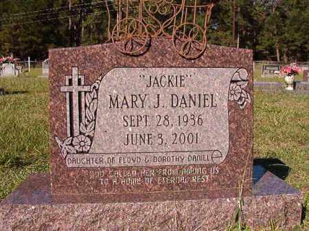"""DANIEL, MARY J """"JACKIE"""" - Dallas County, Arkansas   MARY J """"JACKIE"""" DANIEL - Arkansas Gravestone Photos"""