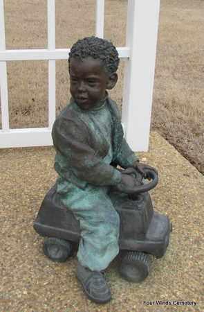 *BRONZE STATUE 1,  - Faulkner County, Arkansas |  *BRONZE STATUE 1 - Arkansas Gravestone Photos