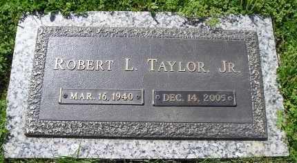 TAYLOR, JR., ROBERT L. - Faulkner County, Arkansas | ROBERT L. TAYLOR, JR. - Arkansas Gravestone Photos