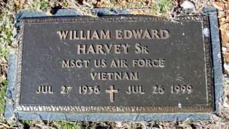 HARVEY, SR (VETERAN VIET), WILLIAM EDWARD - Fulton County, Arkansas | WILLIAM EDWARD HARVEY, SR (VETERAN VIET) - Arkansas Gravestone Photos