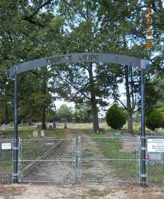 *FOURCHE LOUPE CEMETERY, SIGN & ENTRANCE - Garland County, Arkansas | SIGN & ENTRANCE *FOURCHE LOUPE CEMETERY - Arkansas Gravestone Photos