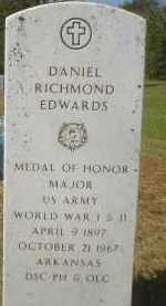 EDWARDS (VETERAN 2 WARS), DANIEL RICHMOND - Garland County, Arkansas | DANIEL RICHMOND EDWARDS (VETERAN 2 WARS) - Arkansas Gravestone Photos