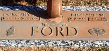 FORD, DOROTHYE B - Garland County, Arkansas | DOROTHYE B FORD - Arkansas Gravestone Photos