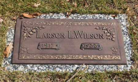 WILSON, LARSON L. - Garland County, Arkansas | LARSON L. WILSON - Arkansas Gravestone Photos