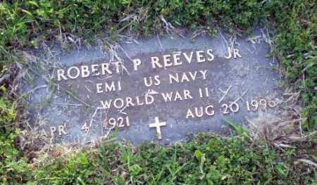 REEVES, JR. (VETERAN WWII), ROBERT P - Greene County, Arkansas | ROBERT P REEVES, JR. (VETERAN WWII) - Arkansas Gravestone Photos