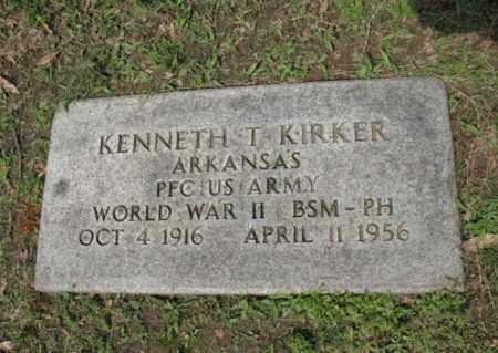 KIRKER (VETERAN WWII), KENNETH T - Jackson County, Arkansas | KENNETH T KIRKER (VETERAN WWII) - Arkansas Gravestone Photos