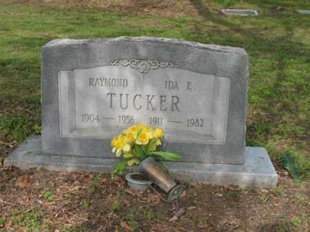 TUCKER, RAYMOND - Jackson County, Arkansas | RAYMOND TUCKER - Arkansas Gravestone Photos