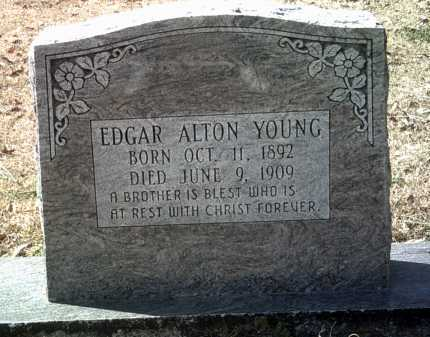 YOUNG, EDGAR ALTON - Jackson County, Arkansas | EDGAR ALTON YOUNG - Arkansas Gravestone Photos