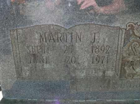 DAVIS, MARVIN J (CLOSE UP) - Jefferson County, Arkansas | MARVIN J (CLOSE UP) DAVIS - Arkansas Gravestone Photos