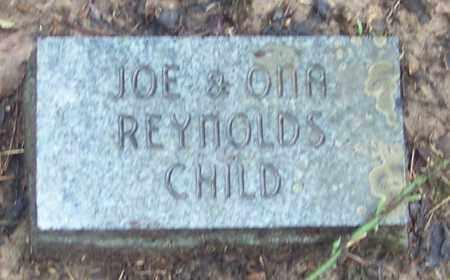 REYNOLDS, INFANT - Johnson County, Arkansas | INFANT REYNOLDS - Arkansas Gravestone Photos