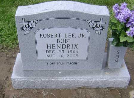 "HENDRIX, JR, ROBERT LEE ""BOB"" - Lawrence County, Arkansas | ROBERT LEE ""BOB"" HENDRIX, JR - Arkansas Gravestone Photos"