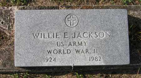JACKSON (VETERAN WWII), WILLIE E - Lawrence County, Arkansas   WILLIE E JACKSON (VETERAN WWII) - Arkansas Gravestone Photos