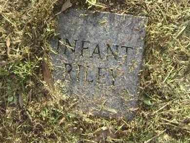 RILEY, INFANT - Lawrence County, Arkansas | INFANT RILEY - Arkansas Gravestone Photos