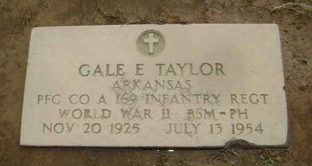 TAYLOR  (VETERAN WWII), GALE E. - Lawrence County, Arkansas | GALE E. TAYLOR  (VETERAN WWII) - Arkansas Gravestone Photos