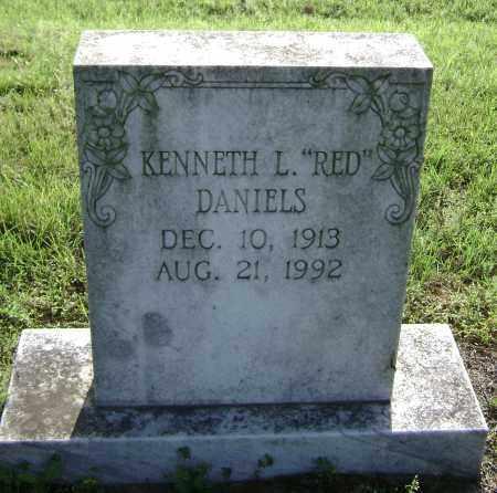 "DANIELS, KENNETH L. ""RED"" - Lawrence County, Arkansas   KENNETH L. ""RED"" DANIELS - Arkansas Gravestone Photos"