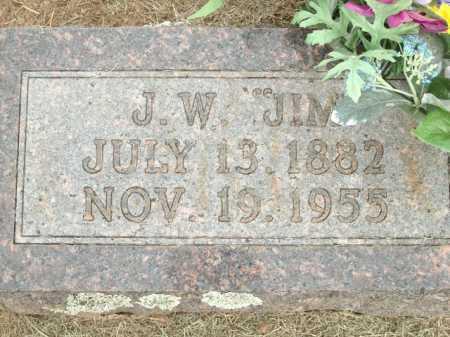 "ABLES, J W ""JIM"" (CLOSEUP) - Logan County, Arkansas   J W ""JIM"" (CLOSEUP) ABLES - Arkansas Gravestone Photos"