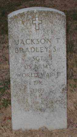 BRADLEY,SR. (VETERAN WWII), JACKSON T. - Lonoke County, Arkansas   JACKSON T. BRADLEY,SR. (VETERAN WWII) - Arkansas Gravestone Photos
