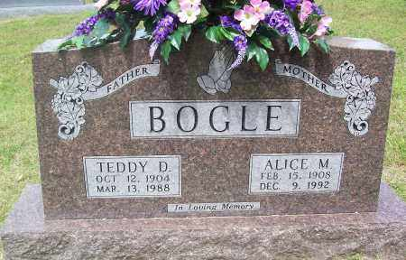 BOGLE, ALICE M. - Marion County, Arkansas   ALICE M. BOGLE - Arkansas Gravestone Photos