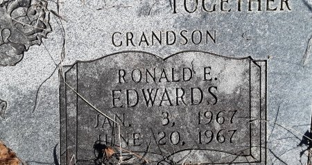 EDWARDS, RONALD E (CLOSEUP) - Miller County, Arkansas | RONALD E (CLOSEUP) EDWARDS - Arkansas Gravestone Photos