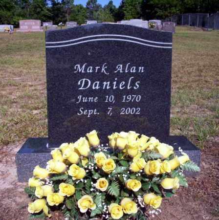 DANIELS, MARK ALAN - Nevada County, Arkansas | MARK ALAN DANIELS - Arkansas Gravestone Photos