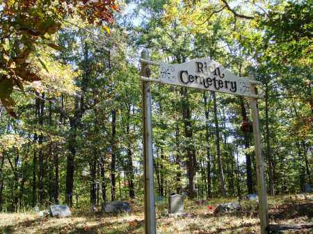 *RICH CEMETERY GATE,  - Newton County, Arkansas |  *RICH CEMETERY GATE - Arkansas Gravestone Photos