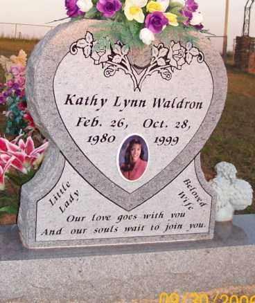WALDRON, KATHY LYNN - Newton County, Arkansas   KATHY LYNN WALDRON - Arkansas Gravestone Photos