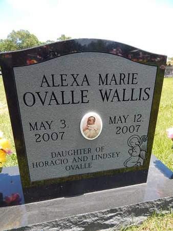 WALLIS, ALEXA MARIE OVALLE - Newton County, Arkansas   ALEXA MARIE OVALLE WALLIS - Arkansas Gravestone Photos