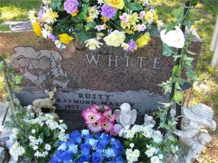 "WHITE, ""RUSTY"" RAYMOND MARTIN - Newton County, Arkansas | ""RUSTY"" RAYMOND MARTIN WHITE - Arkansas Gravestone Photos"