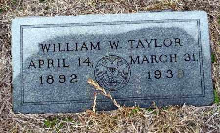 TAYLOR, WILLIAM W - Ouachita County, Arkansas   WILLIAM W TAYLOR - Arkansas Gravestone Photos
