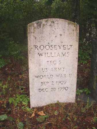 WILLIAMS (VETERAN WWII), ROOSEVELT - Ouachita County, Arkansas | ROOSEVELT WILLIAMS (VETERAN WWII) - Arkansas Gravestone Photos