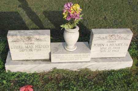 HENRY, SR., JOHN A. - Poinsett County, Arkansas   JOHN A. HENRY, SR. - Arkansas Gravestone Photos