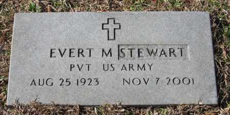 STEWART  (VETERAN), EVERT M - Pope County, Arkansas | EVERT M STEWART  (VETERAN) - Arkansas Gravestone Photos