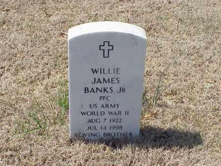 BANKS, JR  (VETERAN WWII), WILLIE JAMES - Pulaski County, Arkansas | WILLIE JAMES BANKS, JR  (VETERAN WWII) - Arkansas Gravestone Photos